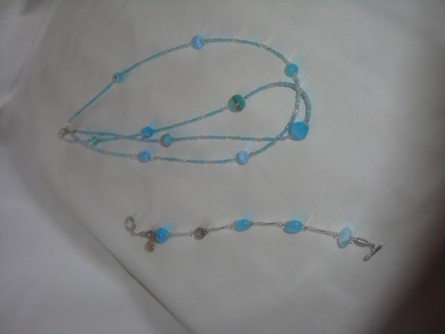 mes collier en verre de murano et perle de verre de lilou Image020
