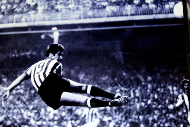 FOTOS HISTORICAS O CHULAS  DE FUTBOL Carlos10