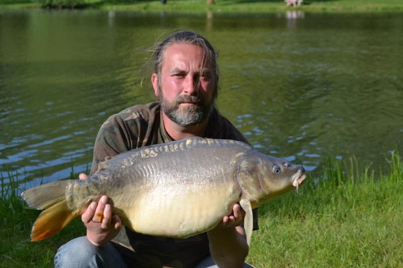 Beau temps = partie de pêche Dsc_0110