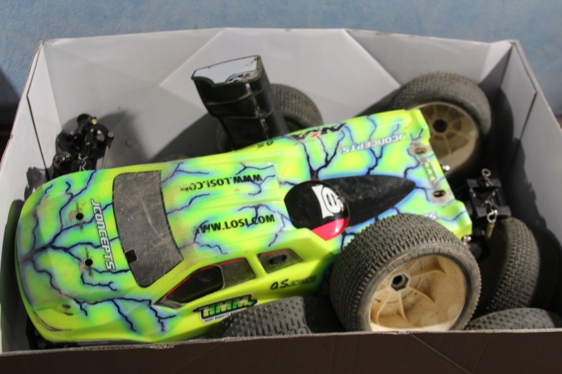 Mon nouveau jouet : Losi 8ight-T brushless Img_2221