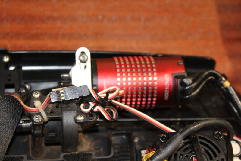 Mon nouveau jouet : Losi 8ight-T brushless Img_2224