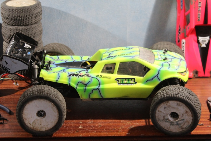 Mon nouveau jouet : Losi 8ight-T brushless Img_2226