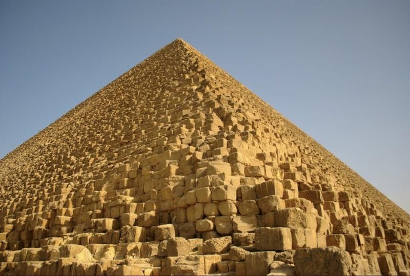La révélation des Pyramides A VOIR (village de tsge) 2015-090