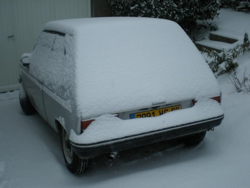 Les 405 sous la neige !! Pc200011
