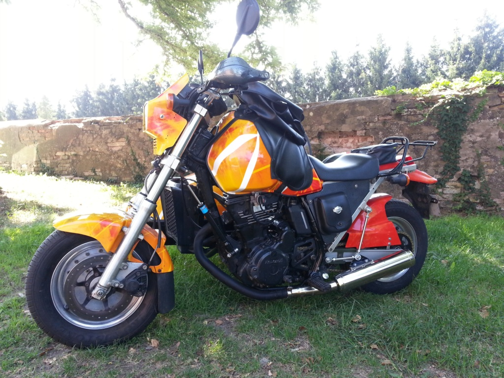 Triump 1200 XCX  -  Kawasaki 600 KLR + Side 20180810