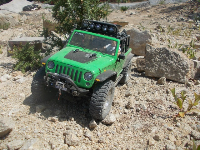 Axial scx10 Jeep Wrangler Unlimited Rubicon KIT - Página 4 710