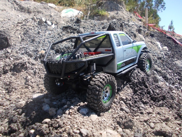 Axial scx10 Jeep Wrangler Unlimited Rubicon KIT - Página 4 H410