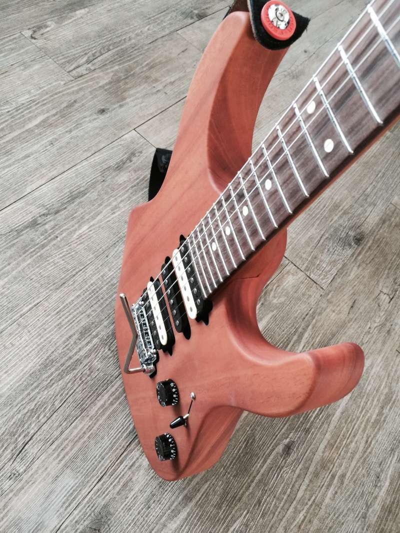 Photos de vos guitares. - Page 3 Img_0016