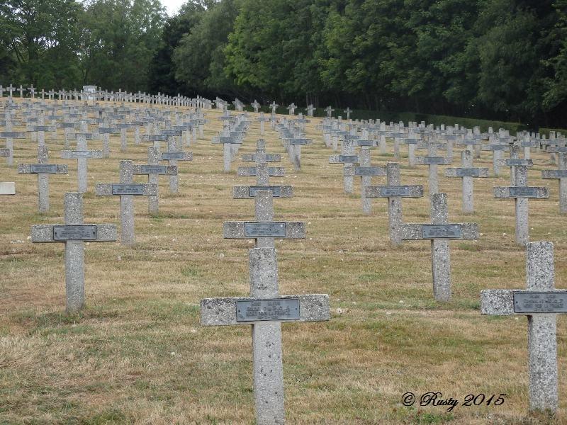 Marcher dans leurs traces pour ne pas les oublier - Le Vieil ARMAND 1915 P8012513