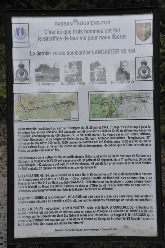 Stèle d'un Lancaster Juille11