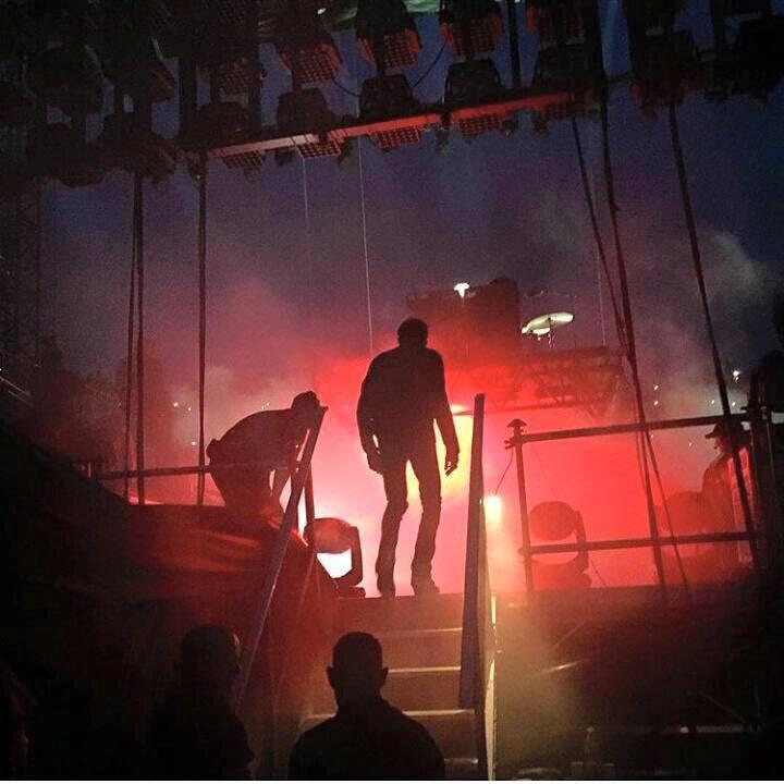 """Tournée 2015/2016 de johnny """"RESTER VIVANT """" Dates de tournée et Part 1 les festivals 11017010"""