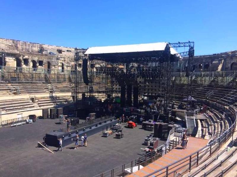 """Tournée 2015/2016 de johnny """"RESTER VIVANT """" Dates de tournée et Part 1 les festivals 11201110"""
