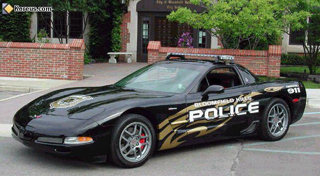 LES VEHICULES DE LA POLICE DANS LE MONDE Police11