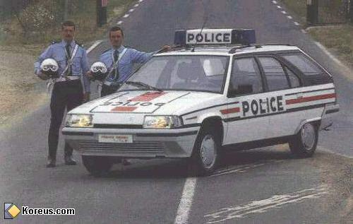 LES VEHICULES DE LA POLICE DANS LE MONDE Police14