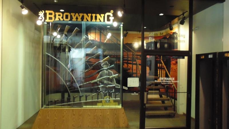 US muséum , mais Browning ! Browni10