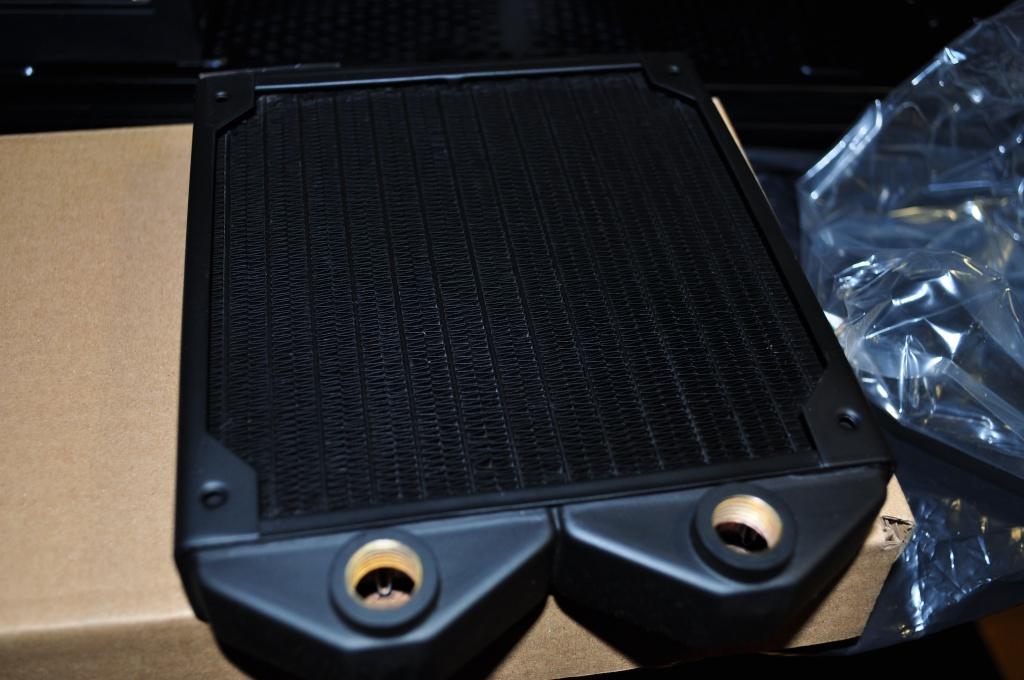 Projet pour MarcK30 //// Fractal Design Define R5 Black Dsc_0723