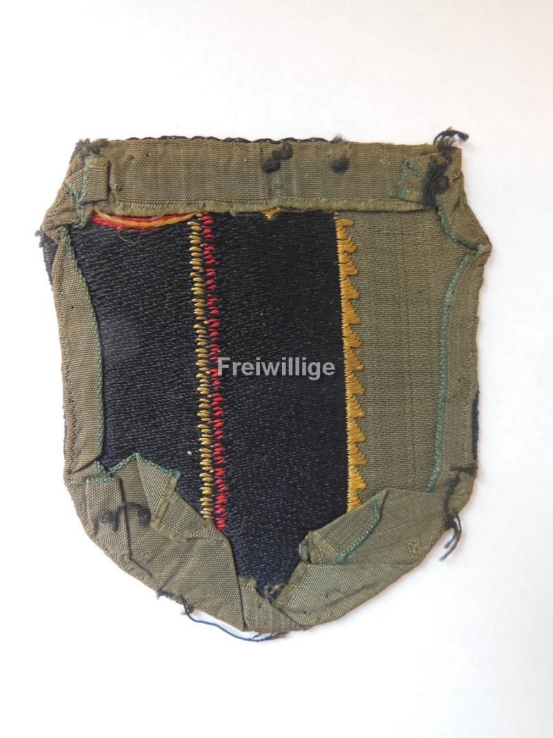 Insigne de bras Legion Wallonie ( état porté) Wallon11