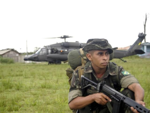 A Aviação do Exército Brasiseiro Blackh11
