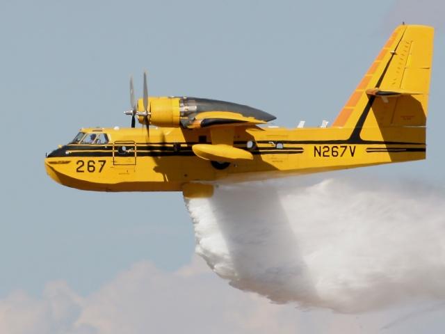 Avião Bombeiro Canadian CL 215 Cl215d10