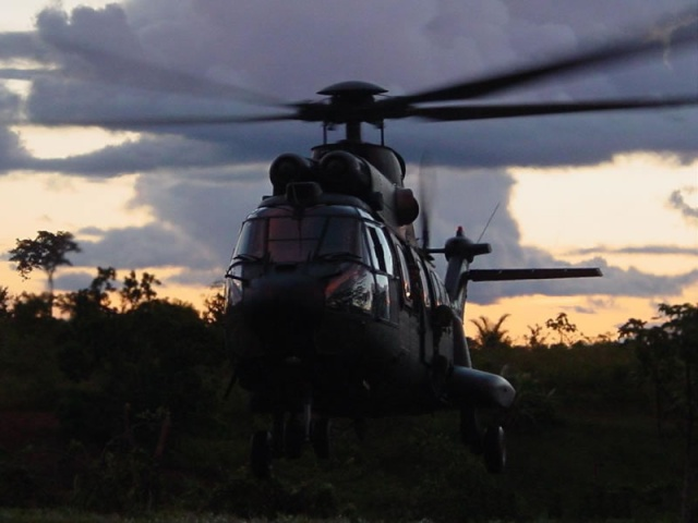 A Aviação do Exército Brasiseiro Cougar10
