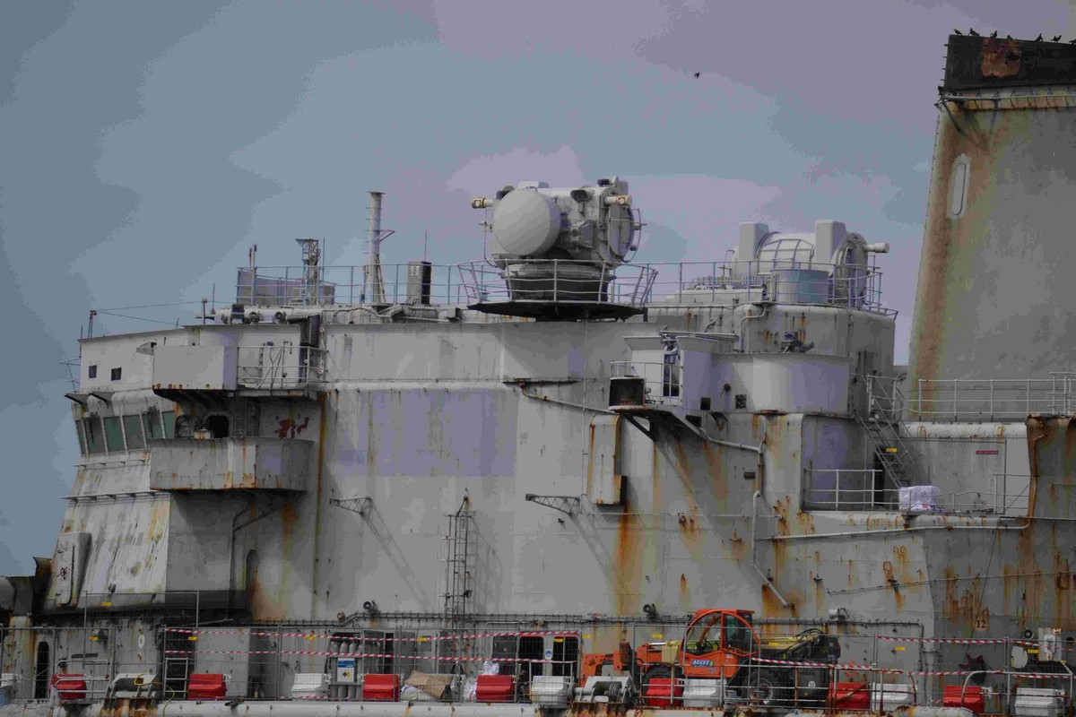 [Autre sujet Marine Nationale] Démantèlement, déconstruction des navires - TOME 2 - Page 4 311