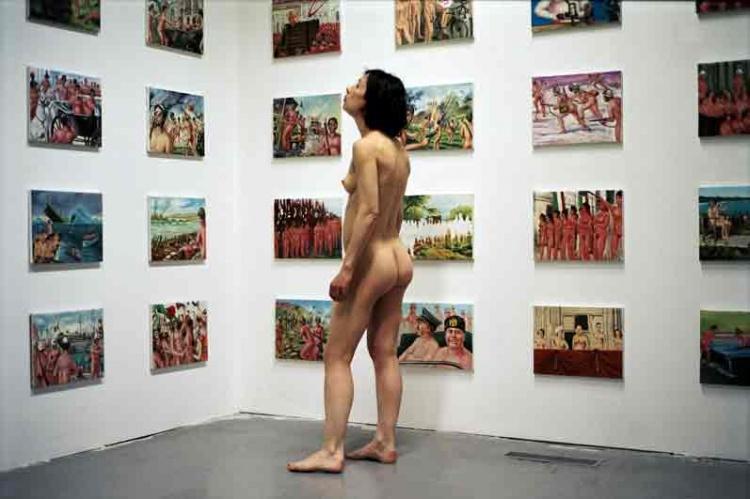 Robert Schwarz  : nu, visitant une exposition  Limoge10