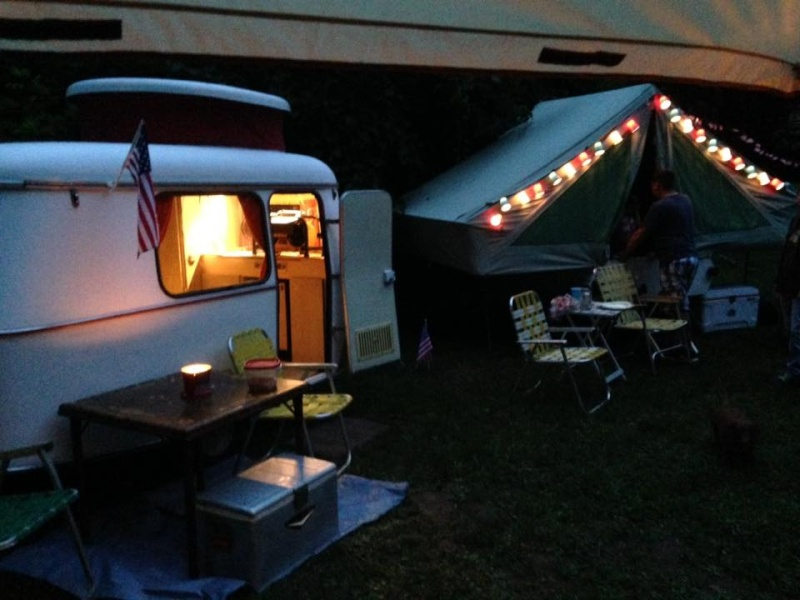All Georgia Dubs Members are invited to a July 4th Party at the Bender Compound. 11221810