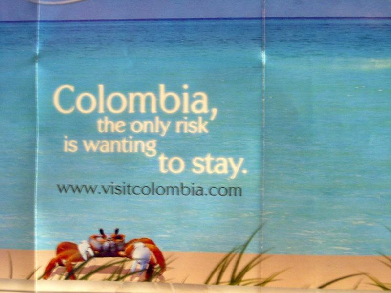 """""""Jusqu'au bout..."""" - Ile de Pâques & Colombie (2009/2010) - Page 4 Img_0712"""
