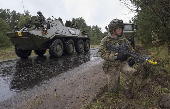 Selon une étude, l'Otan et la Russie se préparent à une « éventuelle confrontation » Army-210