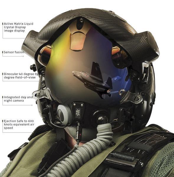 Le premier casque destiné aux pilotes de F-35 a été livré F35-ca10