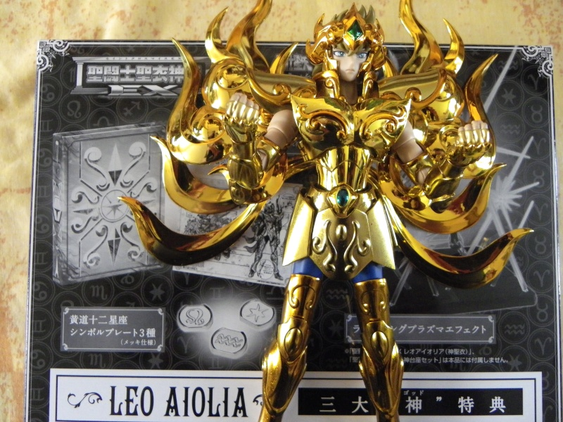 Les photos/montages de votre Myth Cloth EX du Lion Soul of Gold (God Cloth) Rugie10