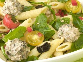 Salade de pennes et billes de chèvre frais Salade24