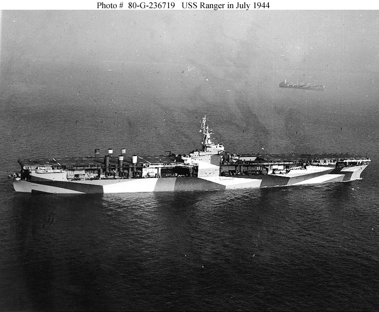 Les porte-avions americains Aa211