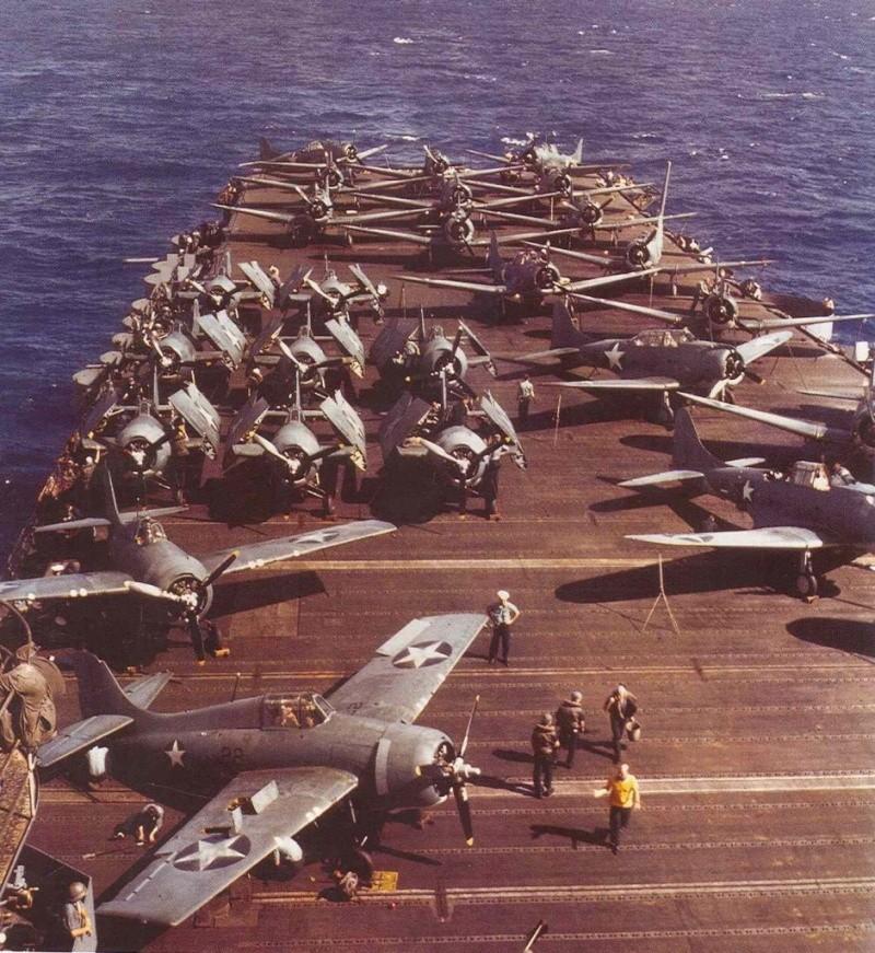 Les porte-avions americains Aaa14