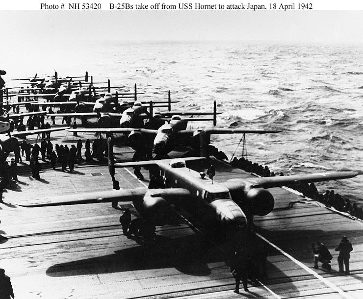 Les porte-avions americains Hornet11