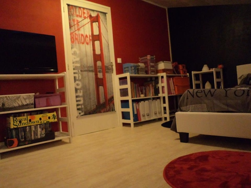 Chambre d'ado thème NY avec du rouge - Page 2 11220110