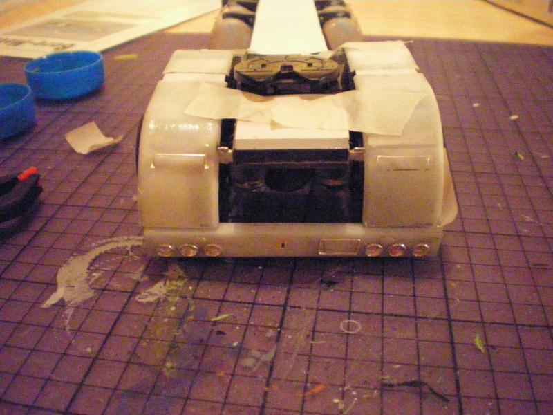 mon premier camion custom un peterbilt - Page 2 Imgp0896