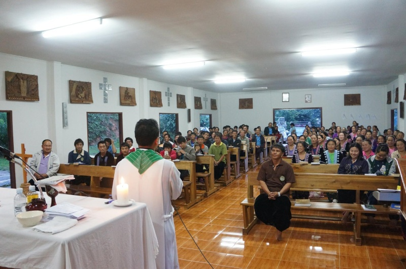 Hmoob Catholic nyob Tuam Tshoj 11059710