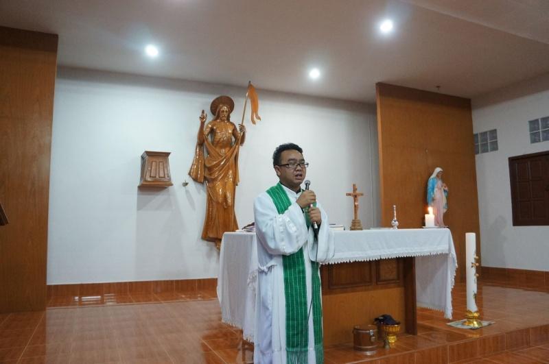 Hmoob Catholic nyob Tuam Tshoj 11834710