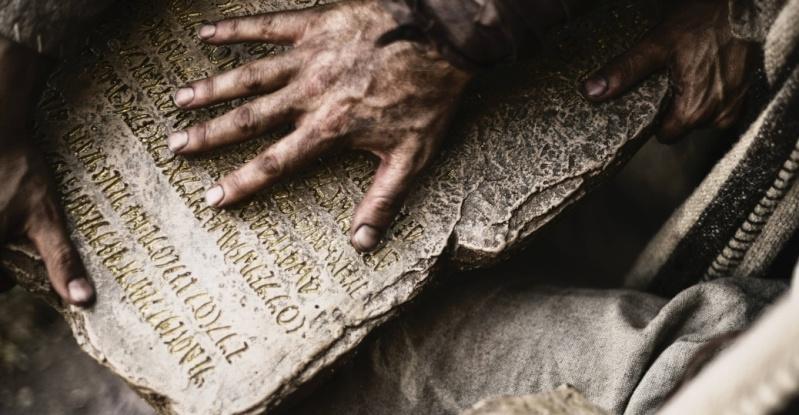 Huab Tais Ntuj 10 lo lus qhia Bible-10