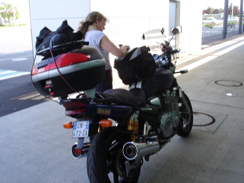 Vos plus belles photos de moto - Page 4 Dsc00110