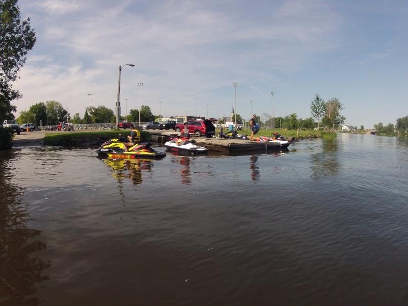 Rivière des Outaouais et Poker Run - 4 Juillet 02110