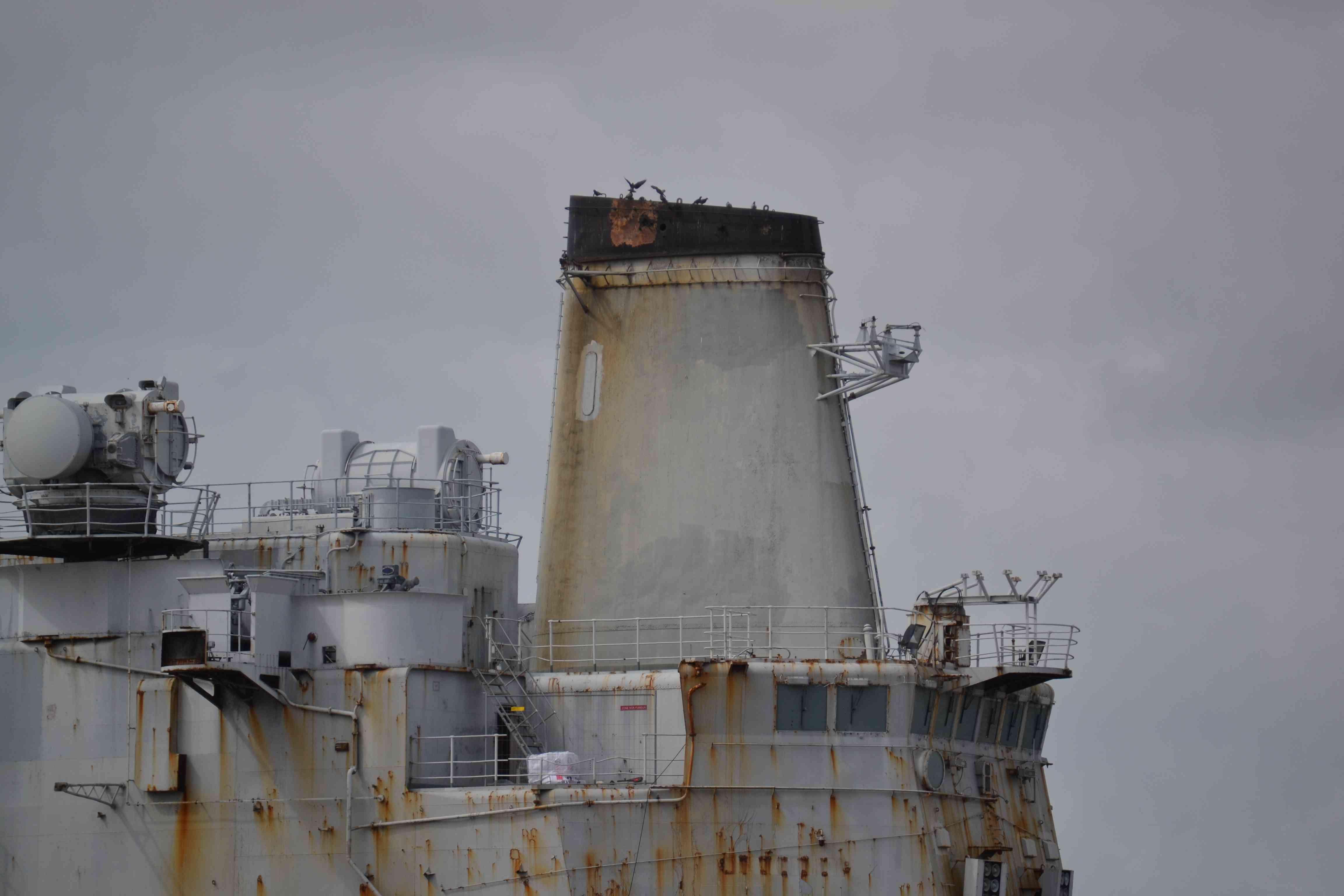 [Autre sujet Marine Nationale] Démantèlement, déconstruction des navires - TOME 2 - Page 4 J_d_ar15