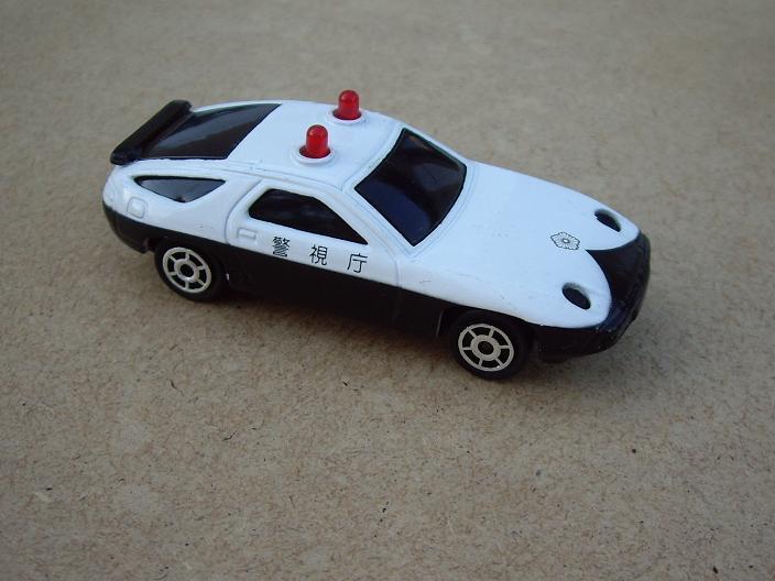 N°2301 Porsche 928 police Imgp6313