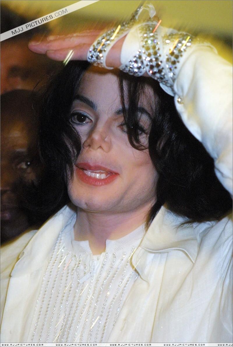 Le mani di Michael - Pagina 12 00910