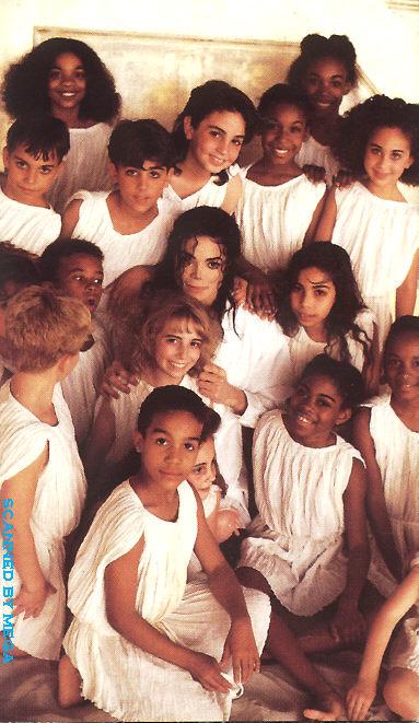 Foto di Michael e i bambini - Pagina 11 05510