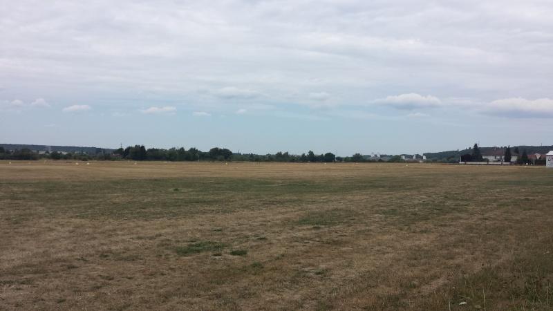 Aerodrome Epinal-Dogneville (LFSE) 20150811