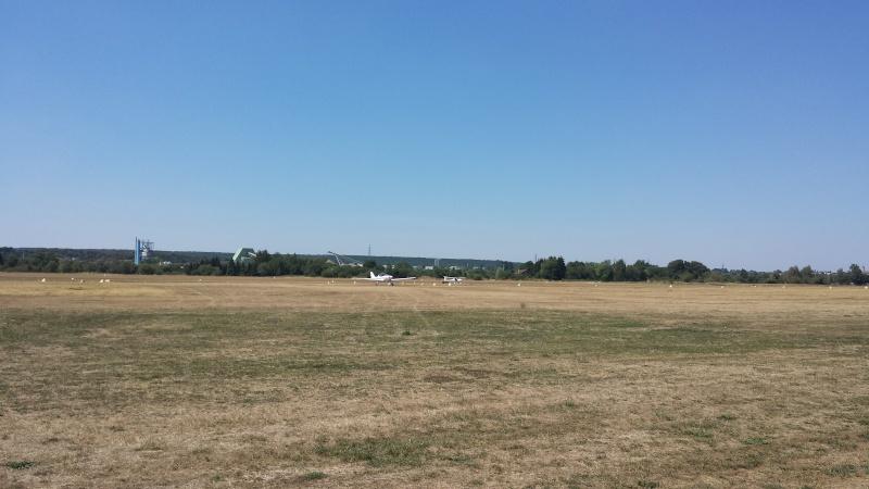 Aerodrome Epinal-Dogneville (LFSE) 20150812