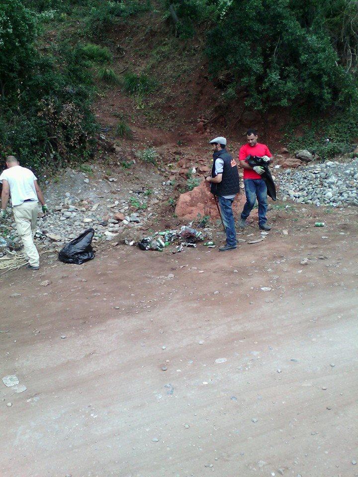 volontariat de nettoyage de la route du Cap  Aokas le 13 juin 2015 - Page 2 557