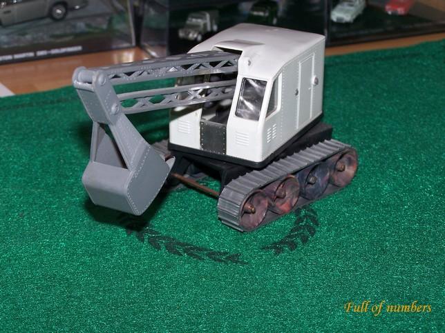 N° 112 Pelle mécanique 1/43ème 101_7944